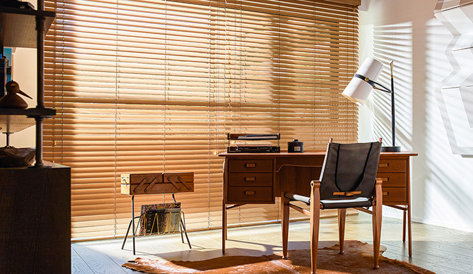 high gloss wood blinds